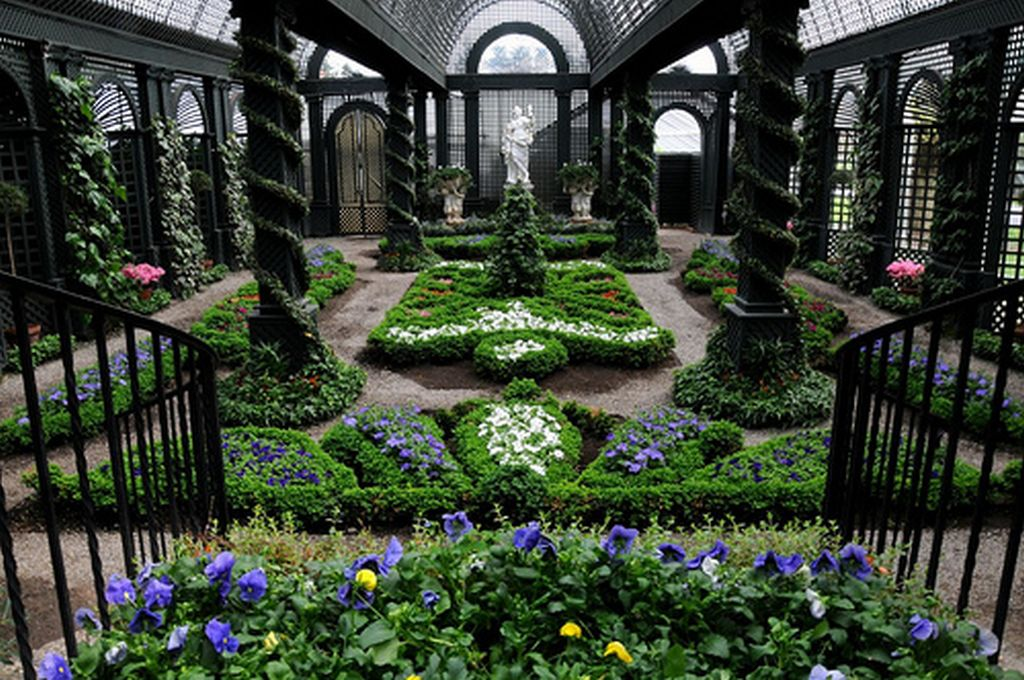 Beautiful french gardens magnifique baroque style for Garden design history