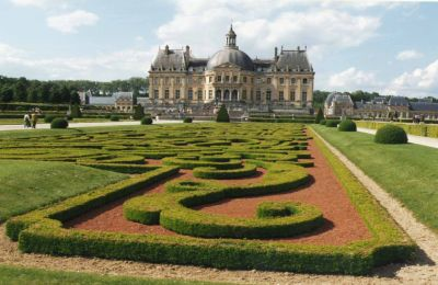 Vaux Le Vicomte - The French Garden