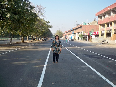 Commercial Zone - Parking lane as wide as the main road | Chandigarh