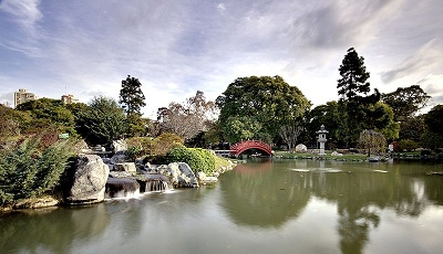 Japanese Gardening Style - Rock Gardens, Fountains and Bridge